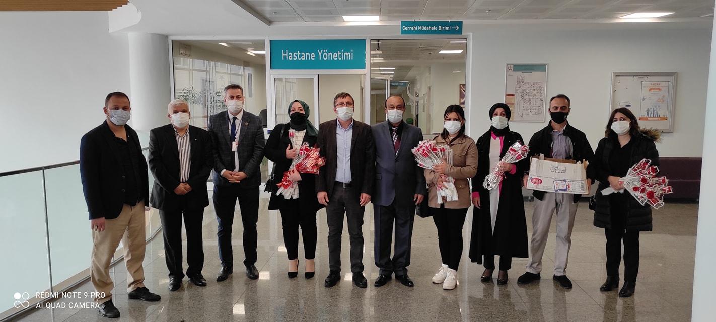 Tuzla Kas-Der'den, sağlık çalışanlarına moral ziyareti