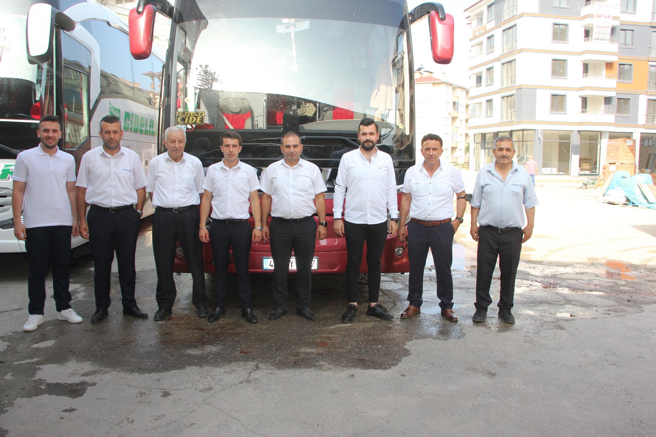 Cideliler Turizm yeni aracı hizmete başladı